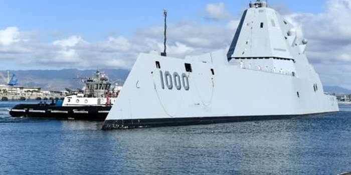 美军终于接收万吨大驱 去年平均每天仅航行90海里