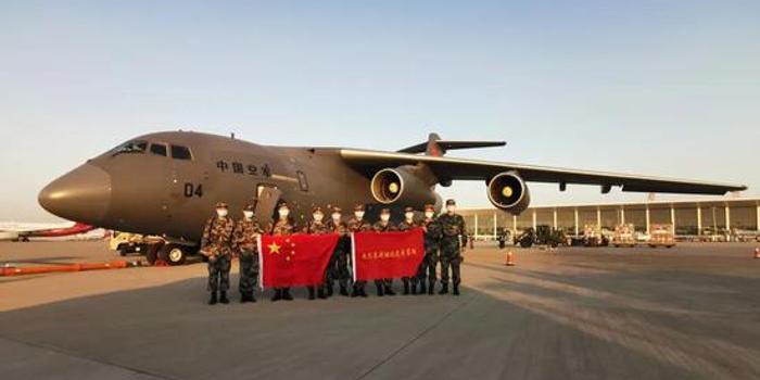我军向巴基斯坦等国支援抗疫物资 运20首次飞出国门