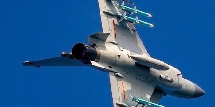 歼10战机如何实现技术飞跃:大量采用外国设计标准
