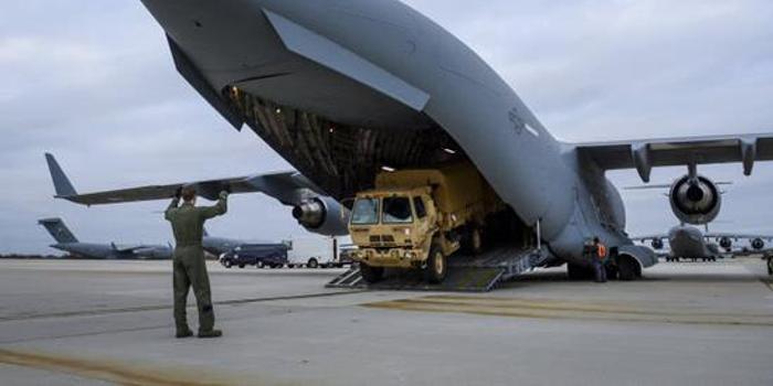 美军出动C17从意大利抢出50万份检测套件?实情曝光