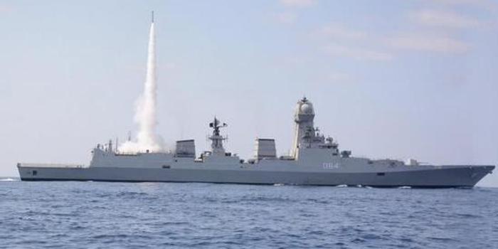 印媒评神盾舰抱怨加尔各答级不如052D 绝口不提055