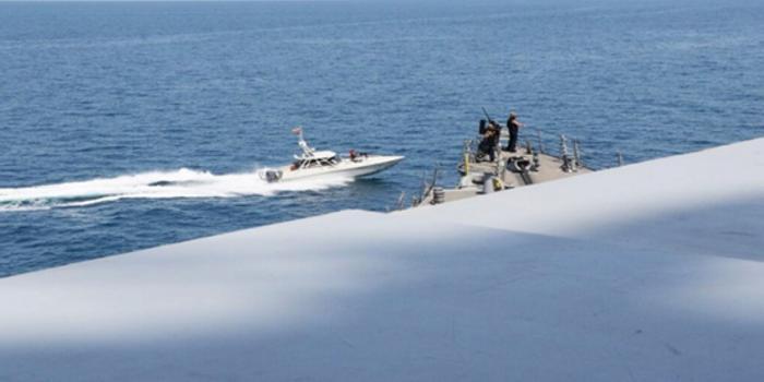 特朗普下令可击沉伊朗舰艇 但美军指挥官会执行吗