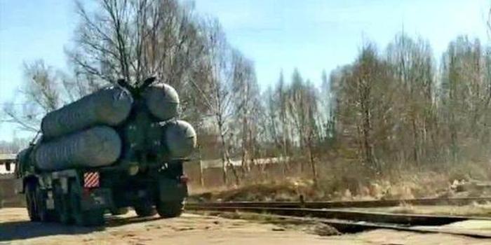 俄軍緊急部署S300導彈 應對美B52轟炸機抵近邊境