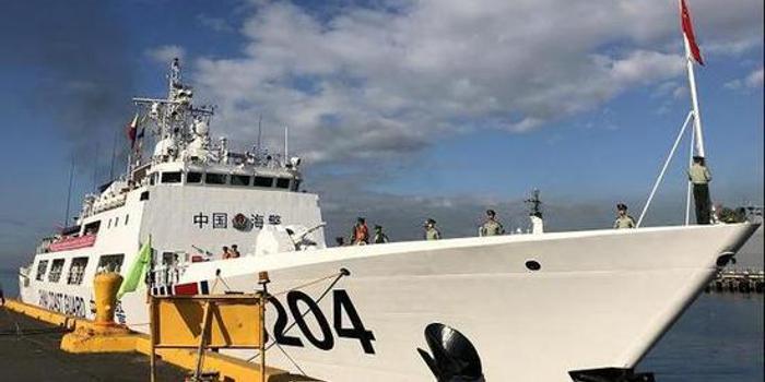 中国海警舰艇首访菲律宾 菲海岸警卫队回击菲媒质疑
