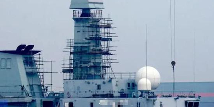 海军新型双面有源相控阵雷达现身 未来或有两个用途