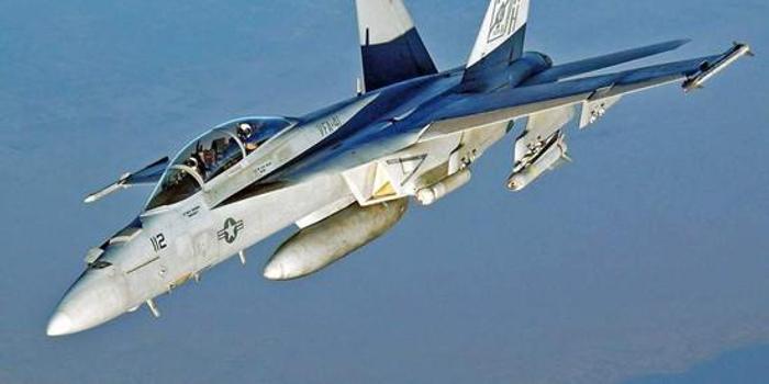 德国防长:除F18外还要买台风战机 而且是近百架
