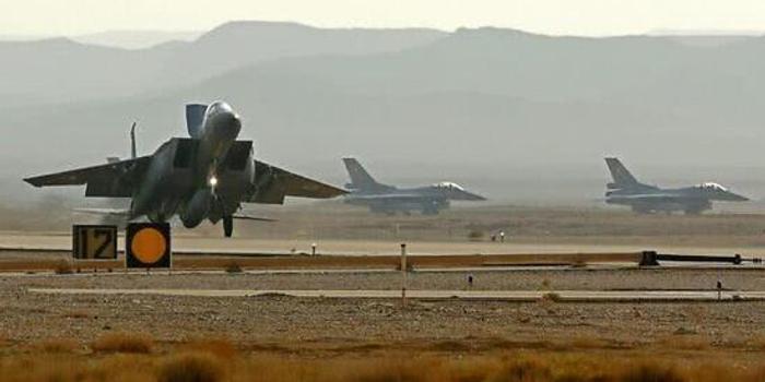 美以等5国出动70架军机在中东进行联合演习
