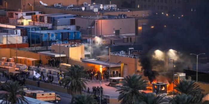 美驻伊拉克大使馆遭多枚火箭弹袭击 1人受伤