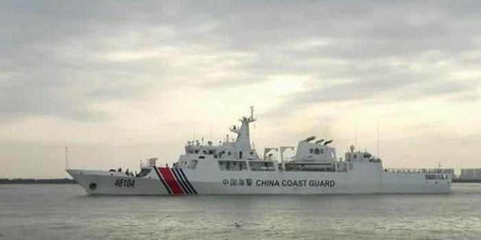 海上執法需新型執法船舶 網友建議海警配備執法母艦