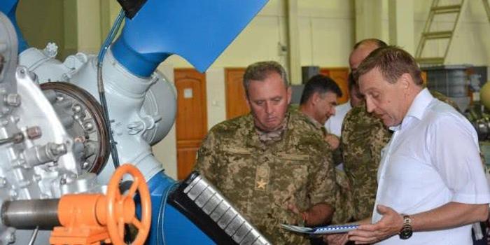 美国给再多钱也不去 乌克兰武器专家为何愿来中国?