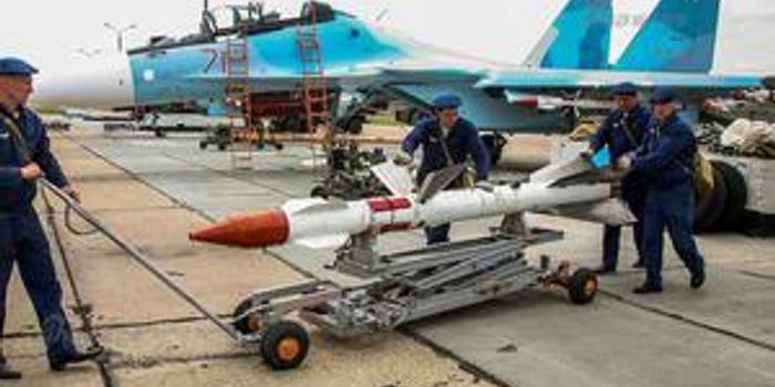 俄國防部:俄空天軍飛機對敘武裝分子發動4次炸彈襲擊