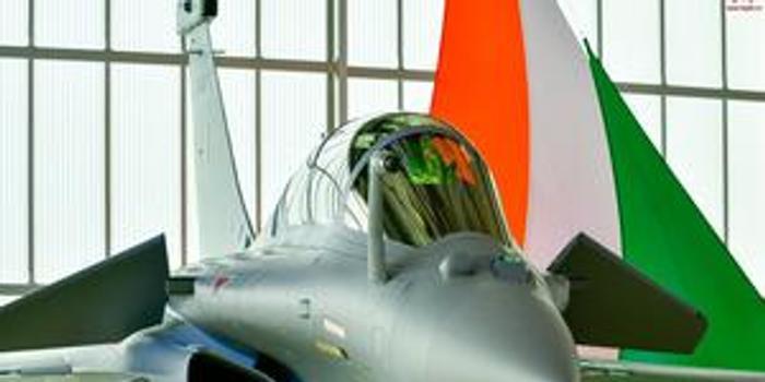 """印度接受首架法制""""陣風""""戰機 最終將有36架服役"""