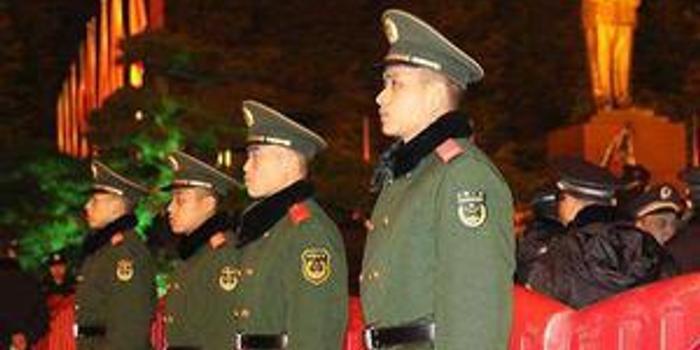 20余万名武警官兵除夕夜坚守战位为祖国守岁