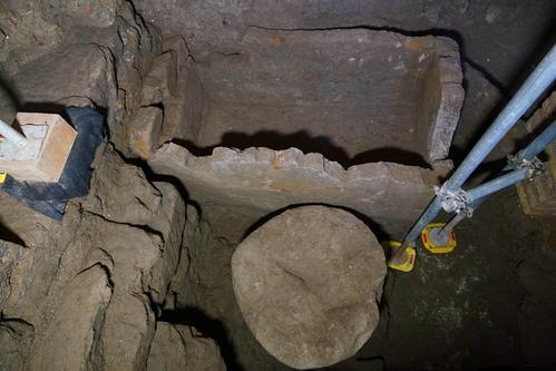 意大年夜利古罗马广场发明神秘石棺 可追溯到公元前6世纪