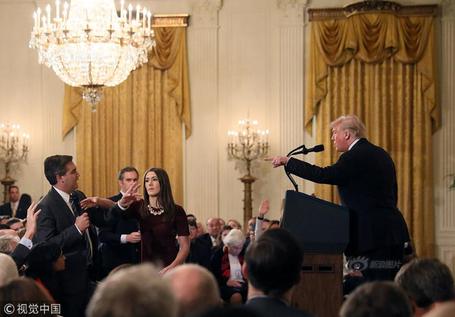 当地时间2018年11月7日,美国华盛顿,美国总统特朗普出席关于中期选举的发布会,在记者会上炮轰CNN记者。供图:视觉中国  文字来源:环球网