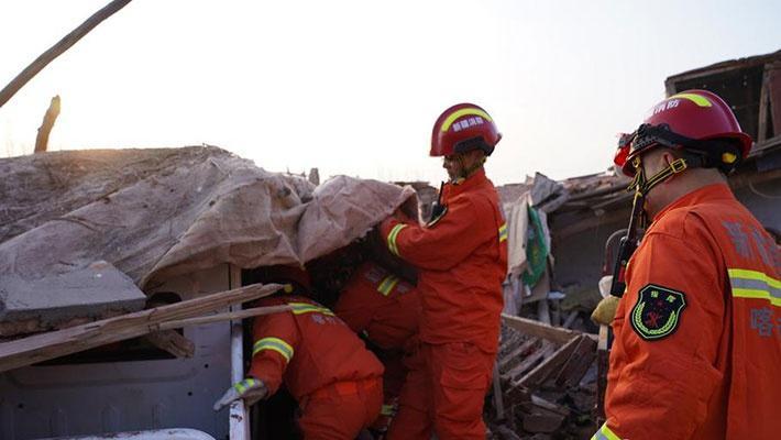 新疆伽师6.4级地震救灾现场