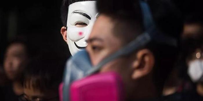 """俠客島:最近一小撮暴徒正在香港大搞""""黑色恐怖"""""""
