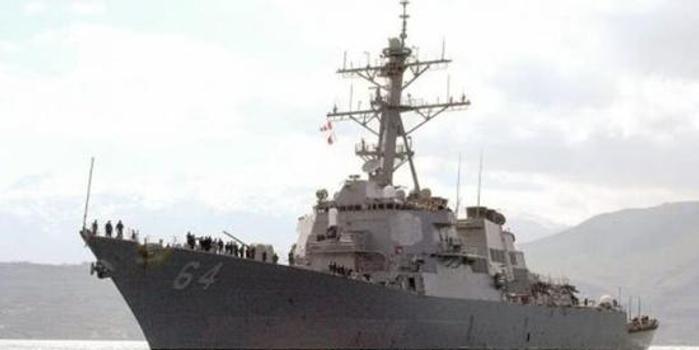 """全方位""""圍攻""""美艦 美海軍抵近演習遭俄艦機圍堵"""