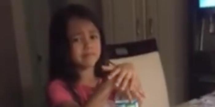 8歲女孩哭訴脫單太難:我不知道怎么找老公