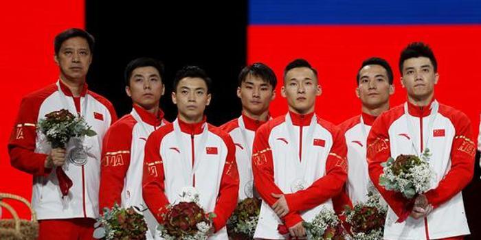 體操世錦賽中國男團摘銀 一個失誤導致無緣冠軍