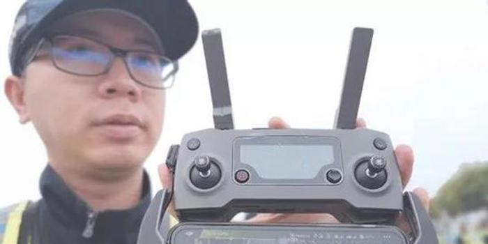 新京報:交管無人機執法 高效之外需注意規范管理