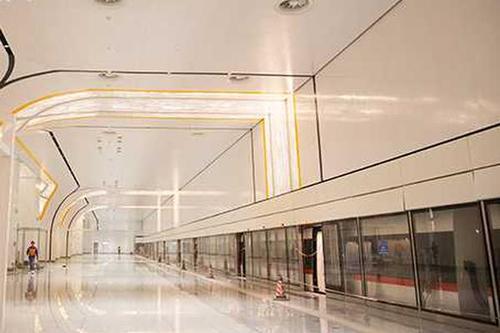 北京新机场线正式试运行 采取全主动驾驶体系