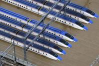 日本遭泡水新干线列车120节车厢全报废