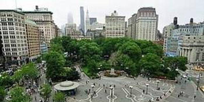 纽约联合广场附近爆炸起火