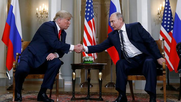 特朗普和普京首次正式会晤