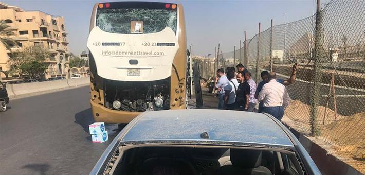 埃及金字塔附近一巴士遭爆炸袭击