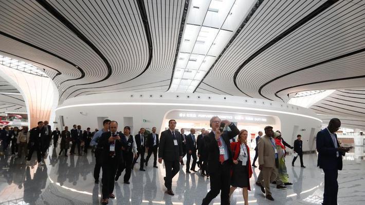 外国驻华使节参访大兴机场