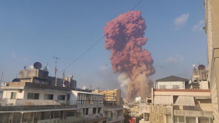 黎巴嫩首都发生巨大爆炸