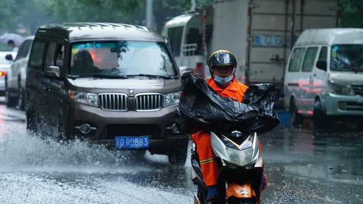 北京迎入汛最强降雨