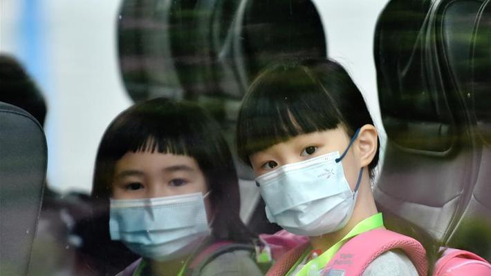 香港新冠肺炎疫情缓和 中小学校全面复课