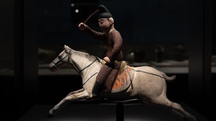沿千年唐蕃古道 品汉藏文化