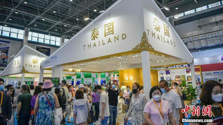 泰国名优特产吸引参观者