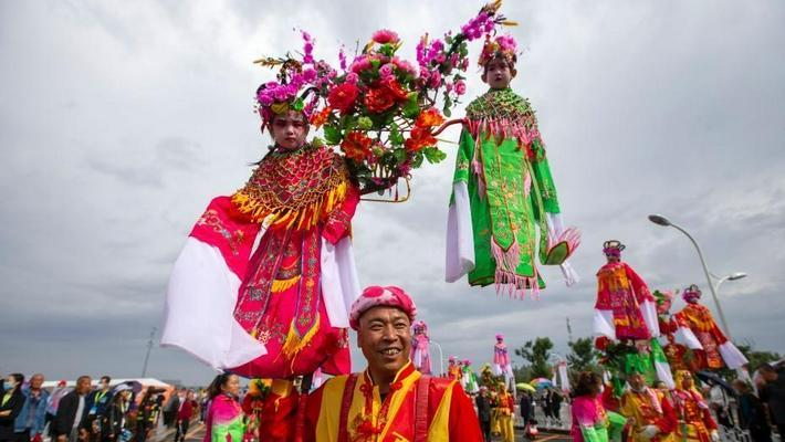 多地民众花式庆祝丰收节