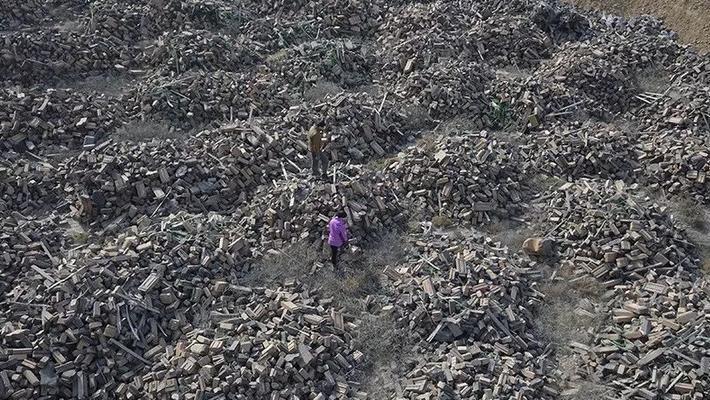 兰州村庄被中铝有毒废渣围困