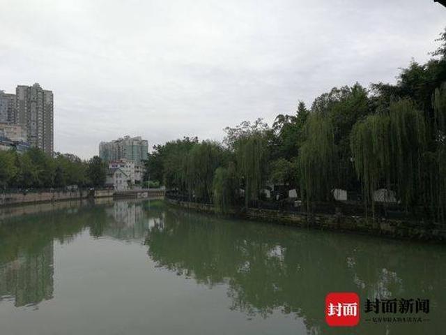 随着全长 14 公里的锦江绿道西郊河综合改造工程全面建成开放。