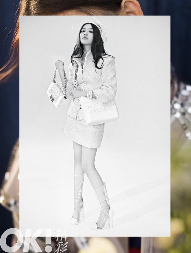 林允携手《OK!精彩》登上4月生日刊,全套香奈儿复古与时尚结合,彰显小女生成长的独特魅力!即将22岁的林允一路成长、愈发迷人。