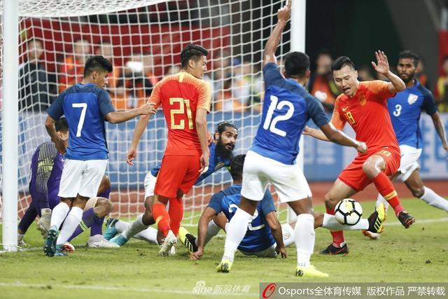 国足热身赛 中国 0-0 印度_直播间_手机新浪网