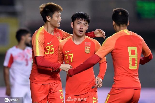 U22国际足球锦标赛 中国 2-1 塔吉克斯坦_直播间_手机新浪网