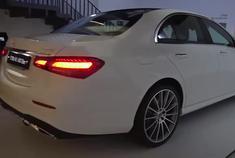 2021款奔驰E级登场,实车太帅了,坐进车内感受一下啥叫改变!