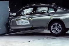 宝马新3系碰撞测试,安全性得到大大提升了!