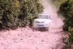 金秋十一假期开着哈弗H3去山里玩越野