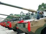 新型轮式装甲突击车入列:配备105毫米线膛炮,数字化