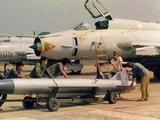 俄老款轰炸机接受改造将携带高超音速导弹 成美军劲敌