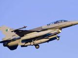 """""""巴铁""""一架F16参加预演坠毁,筋斗后直接撞地,疑似技术不过关"""