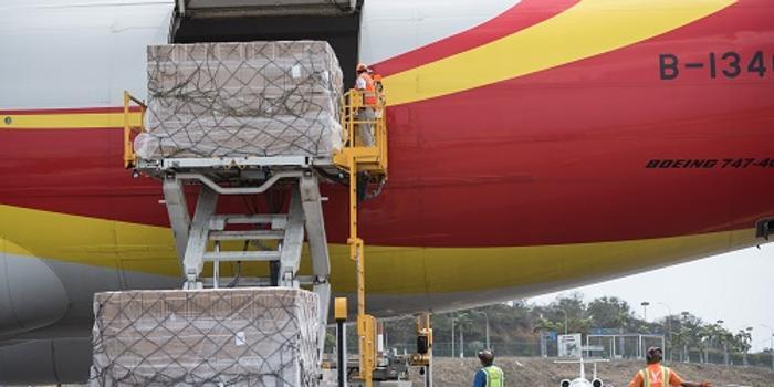 美媒:中國向委內瑞拉送援助物資 約200萬套醫療用品