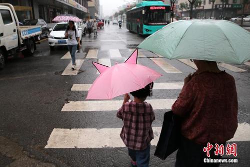 西安迎来强降雨气象 为36年来最凉快夏天